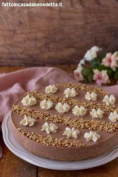 ricette benedetta rossi facciamo la cheesecake alla crema di nocciola ultime notizie flash cheesecake alla nutella fatto in casa da benedetta rossi ricetta ricette dolci ricette dolci