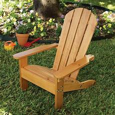 chaise de jardin enfant chaise de jardin enfant en bois adirondack