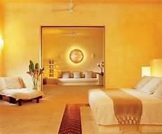metallic farben wandgestaltung wandfarbe gold unikales schlafzimmer gestalten attraktives
