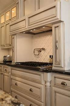 paint is benjamin moore quot white dove quot with a chocolate glaze live beautifully be antique