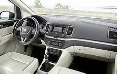 Car Reviews Seat Alhambra 2 0 Tdi 140 Se Bluemotion The Aa