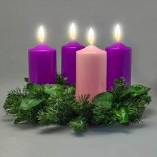colore delle candele dell avvento corona d avvento con ceri e ghirlanda