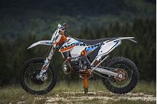 2015 Ktm 300 Exc Six Days Review Top Speed