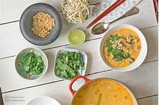 Curry Mit Kokosmilch - thai curry suppe mit kokosmilch reisnudeln madame cuisine