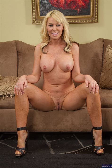 Sexy Naked Mom Pictures