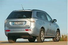 Mitsubishi Outlander In Hybrid Fahrbericht Autobild De