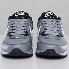 nike air max skyline leather 102629 sneakersnstuff