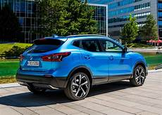 Nissan Qashqai Station Wagon Review 2014 Parkers