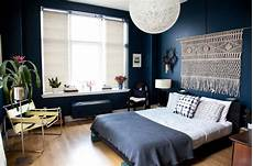 Home Decor Ideas Bedroom by 10 Things To Do With The Empty Space Your Bed