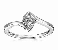wedding traditions and meanings history of the engagement ring