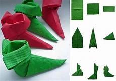 Papierservietten Falten Weihnachten - stiefel aus papierservietten selber falten anleitung