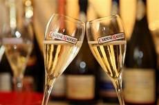 bicchieri per prosecco prosecco docg carpene malvolti miglior per le feste