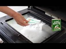 Wie Reinige Ich Meinen Backofen - backofen reinigen sofort sauberen ofen ohne schrubben und