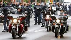 Berlin Aktuelle Nachrichten - hells demo verursacht verkehrschaos berlin