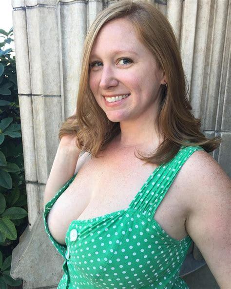 Hannah Simone Nude Pics