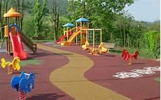pavimento parco giochi pavimentazione antitrauma per esterni e giardini pubblici