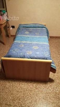letto singolo con materasso pouf letto da seduta apribile con materasso posot class