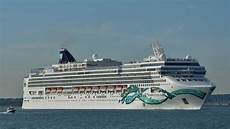 cruise ships sailing down southton water 22 05 2017 youtube