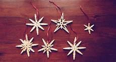 Wäscheklammern Basteln Weihnachten - zauberhafte schneeflocken basteln aus notenpapier anleitung