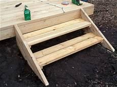 Kleine Treppe Bauen - kleine treppen selber bauen schwimmbad und saunen