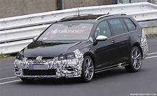 2018 Volkswagen Golf R Variant And