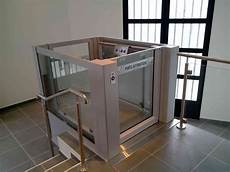 Platform Lift For Persons With Reduced Mobility Prm