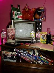 Aesthetic Bedroom Ideas Retro by Image Result For Retro 80s Bedroom 80s In 2019