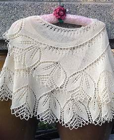 Einfaches Lochmuster Stricken - lace shawl and wrap knitting patterns in the loop knitting