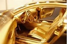 163 2m solid gold bugatti veyron autocar