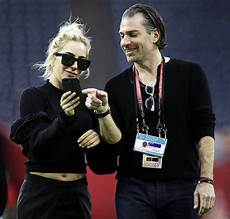 Gaga Christian Carino - gaga is dating christian carino