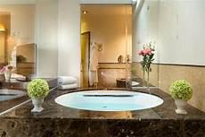hotel con vasca idromassaggio in toscana offerta vasca idromassaggio in de londres hotel spa
