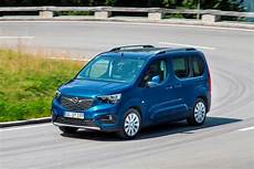 opel combo 1 5d 130cv s s at8 advance xl n1 nuove
