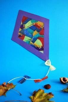 Herbst Basteln Kinder Fenster - drachen aus schnipseltechnik kita ideen basteln herbst
