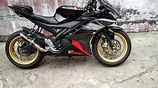 Modifikasi Motor R 2003 by Modifikasi Yamaha R15 Ala R25