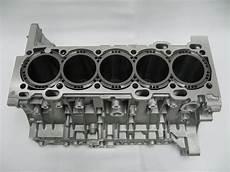 Q3 Volvo 5 Cylinder Engine