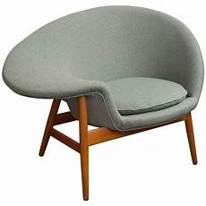 hans quot fried egg quot chair at 1stdibs