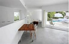 pavimenti in cemento per interni prezzi pavimento moderno pavimenti in cemento spatolato per
