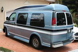 Purchase Used Chevrolet Express Custom Aero Conversion Van