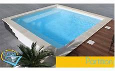 piscine coque carrée piscine coque quelle forme choisir