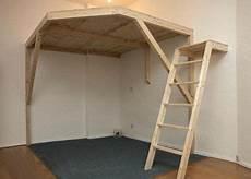 hochbett für erwachsene selber bauen hochbett selber bauen bed plans hochbett selber bauen betten f 252 r kleine r 228 ume und