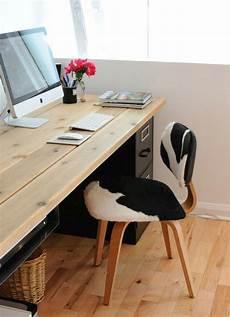 Schreibtisch Selbst Bauen - computertisch selber bauen gro 223 vase mit blumen in