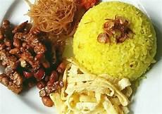 Resep Nasi Kuning Wangi Dan Gurih Ala Rieska Oleh Mrs