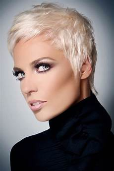 casual short hairstyles women fashion and lifestyles