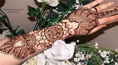 Terkeren 29 Gambar Bunga Pakai Henna Gambar Bunga Hd
