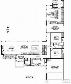 small l shaped house plans move or ditch the hall bath and enlarge that utility room