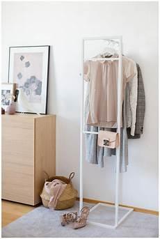 schlafzimmer kleiderständer alva ein kleiderst 228 nder mit stil wiener wohnsinn