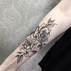 The 81 Most Gorgeous Blackwork Flower Tattoos Page 6 Of