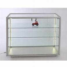 glas schiebetür abschliessbar flache thekenvitrine glas abschlie 223 bar led beleuchtung