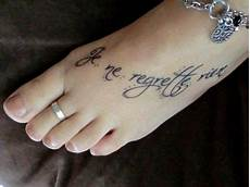Tattoos Am Fuß Schriftzug - wiwawundersch 246 n nein ich bereue nichts t 228 towieren