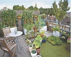Kleine Sitzecke Im Garten Gestalten